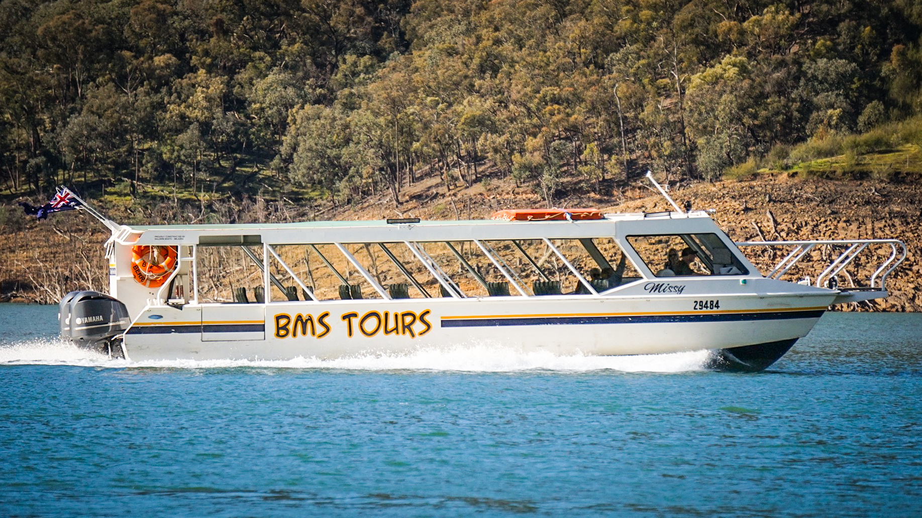 Missy -Tour boat BMS Tours